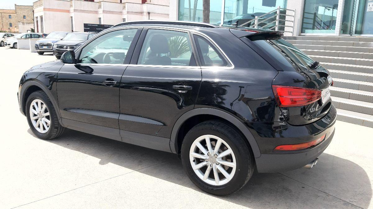 Audi Q3 2.0 TDI 120cv Business